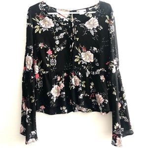 IVY  + MAIN Tilly's Women's Black Floral Blouse